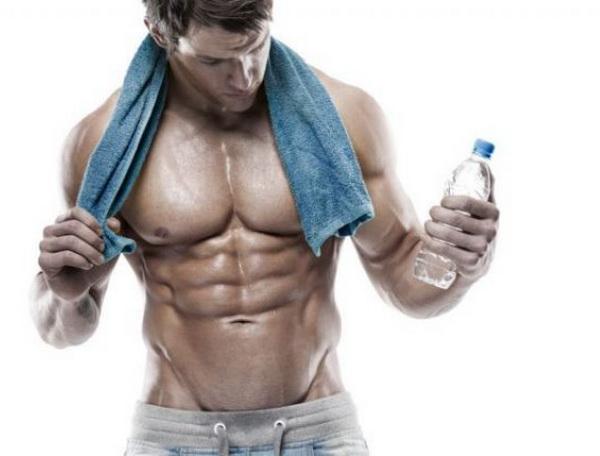 Сколько воды должен потреблять спортсмен за день