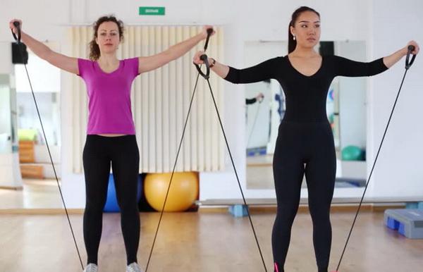 упражнения с эспандером для женщин