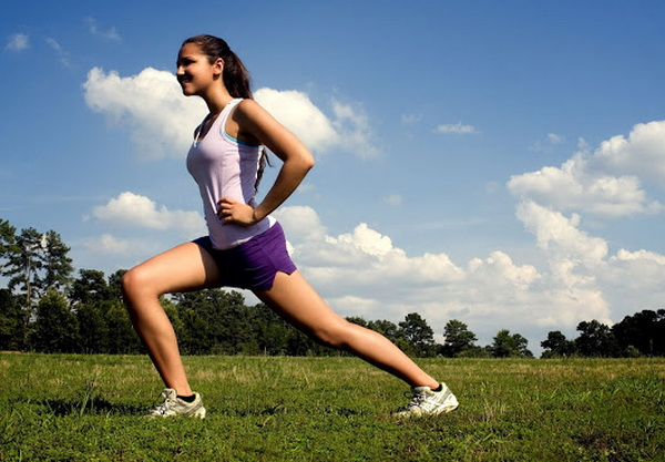 как убрать жир над коленями