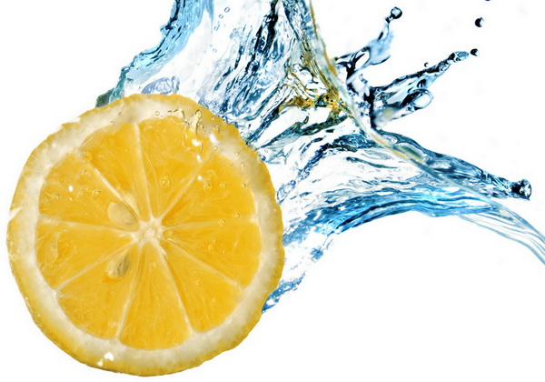 какие продукты выводят воду из организма